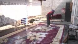 Жизнь в вагончике: Хусноро с двумя детьми грозит выселение из временного пристанища