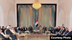 ساسة عراقيون في قصر السلام ببغداد