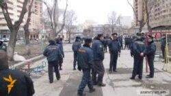 Ոստիկաններին շփոթեցնելու ֆլեշ-մոբ Մաշտոցի այգում