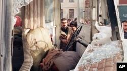 Автобус, обстрелянный советскими военными. Баку, 21 января 1990 года.