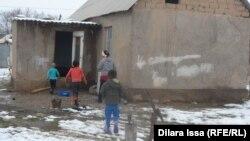 Жилье малообеспеченной семьи в Шымкенте. 31 января 2016 года.