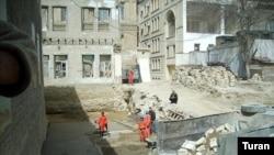 «Bakıdakı «stalinka» və «xruşşovka» tipli binaların sökülməsi haqda heç bir qərar yoxdur