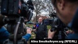 Журналіст Микола Семена