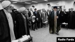 Ayatollahul Ali Khamenei la o întâlnire cu Adunarea de Învățați (foto arhivă, mai 2016)