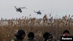 Російські мі-35 біля українського кордону, 16 березня 2014 року