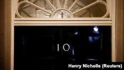 """Izveštaj britanskog parlamenta: Članovi vlade """"aktivno izbegavali"""" istragu o pretnji ruskog mešanja"""