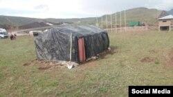 Многие жители Ляхша из-за страха перед землетрясением живут в палатках