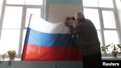 На избирательном участке. 2 марта 2012 г