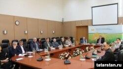 Татарстан Авыл хуҗалыгы министрлыгында эшләүчеләр видеоконференциядә, 18 гыйнвар 2018