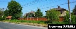 Котеджне містечко на місці колишнього артполку ВСУ в Сімферополі