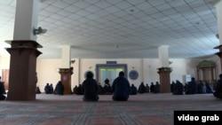 Проповедь в мечети Бишкека. Иллюстративное фото.