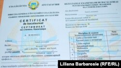 Un certificat de bacalaureat de la Comrat în 2011...
