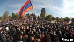 Thousands of supporters rally in central Yerevan