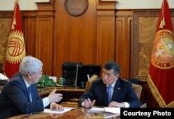 Встреча президента Сооронбая Жээнбекова с председателем НБ КР Кубанычбеком Кулматовым