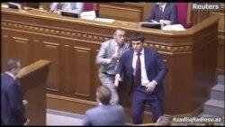 Ukrayna parlamentində deputatların əlbəyaxa davası