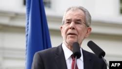 Австрийский политик Александр Ван дер Беллен, одержавший победу на президентских выборах в этой стране.