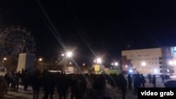 Спонтанный митинг против мигрантов в Якутске