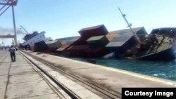 کشتی واژگونشده در بندر شهید رجایی