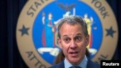 Нью-Йорк штатынын башкы прокурору Эрик Шнейдерман. 21-август, 2014-жыл.