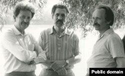 (Зліва направо): Михайло Горинь, Левко Лук'яненко, В'ячеслав Чорновіл. Архівне фото