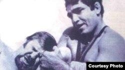 المصارع عدنان القيسي في ذروة مسيرته الرياضية