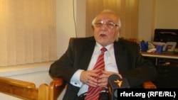 محمد اسماعیل قاسمیار مشاور روابط بینالملل شورای عالی صلح افغانستان