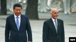 Presidenti afgan Ashraf Ghani dhe Presidenti kinez Xi Jinping