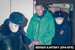 بازداشت رهبر اپوزیسیون روسیه هنگام برگشت از جرمنی