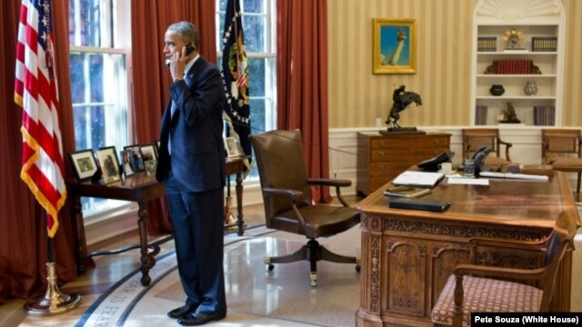 Barack Obama u Ovalnoj kancelariji