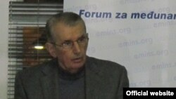 Dušan Lazić