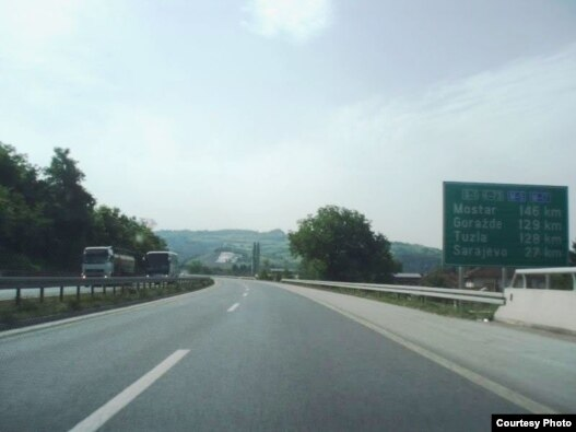 Autoput kroz BiH, arhiv, foto:  forum.gradjevinarstvo.eu