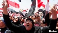 Акция протеста против президента Египта Мухаммеда Мурси в Каире, 30 июня 2013 года.