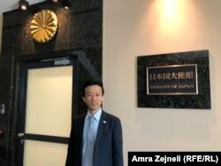 I ngarkuari me punë në ambasadën e Japonisë në Kosovë, Ogasawara Mitsunori.