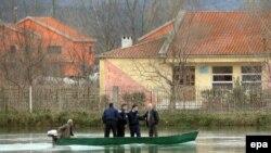 Pamje nga vërshimet në fshatin Dajç