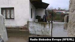 Поплавени куќи во прилепската населба Тризла