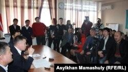 Мұхтар Тайжан өткізген баспасөз мәслихаты. Алматы, 18 наурыз 2014 жыл.