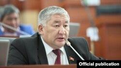 Максат Сабиров.