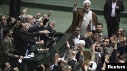 عدهای از نمایندگان مجلس شورای اسلامی