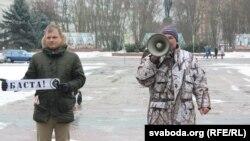 Актывіст АГП Аляксандар Кабанаў заклікаў людзей сабрацца на плошчы праз тыдзень