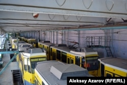 Алматы депосында тұрған трамвайлар. 9 тамыз 2016 жыл.