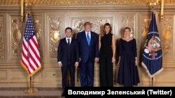 Президент Украины Владимир Зеленский (крайний слева), его супруга Елена Зеленская (крайняя справа) вместе с президентом США Дональдом Трампом и первой леди США Меланией Трамп.