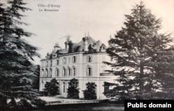 """Conacul familiei Halphen, """"Le Monastere"""" la Ville d'Avray"""