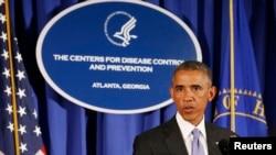 АҚШ президенті Барак Обама Атлантадағы аурудың алдын алу және бақылау орталығында сөйлеп тұр. 16 қыркүйек 2014 жыл.