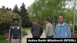 Imigranti iz Afganistana, Somalije, Maurtanije u zagrebačkom naselju Dugave