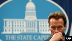 California Governor Arnold Schwarzenegger at a press conference on the passing of the state budget in 2009