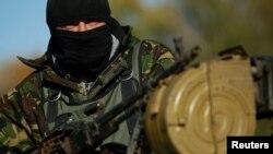 یک سرباز اوکراینی در شرق آن کشور
