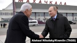 Владимир Васильев и Владимир Путин, март 2018 г.