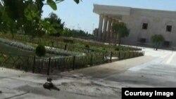 Mesto eksplozije ispred Homeinijevog svetilišta