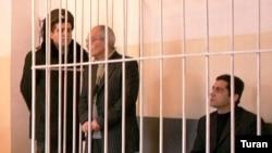 Yazıçı-publisist Rafiq Tağı, «Sənət» qəzetinin baş redaktoru Samir Sədaqətoğlu ötən ilin noyabrda həbs ediliblər
