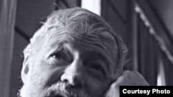 Эрнест Хэмингуэй, писатель и тайный агент